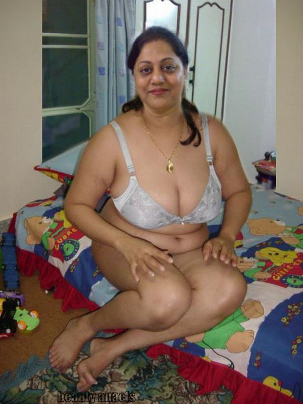 desi mom boy sex