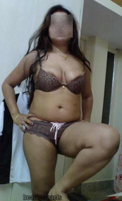 Hot Aunties Bra Removing Stills  Beautyanaels-3699