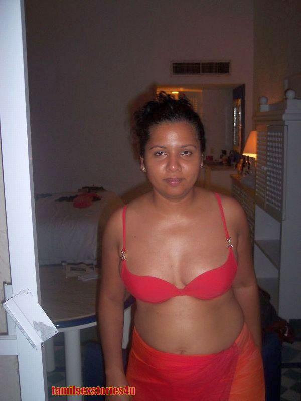 Telugu Mallu Aunties Stills  Beautyanaels-9508