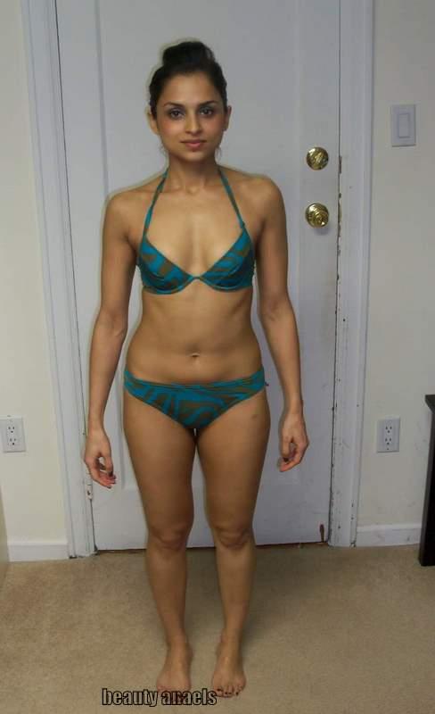 Hot South Aunties Bikini Stills  Beautyanaels-1493